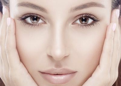 Semi Permanent Make-Up / Dark Lips